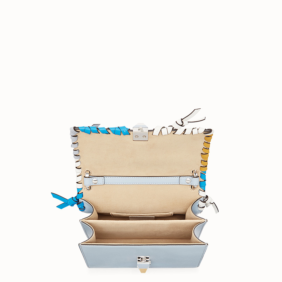 FENDI KAN I SMALL - Minisac en cuir bleu clair - view 4 detail