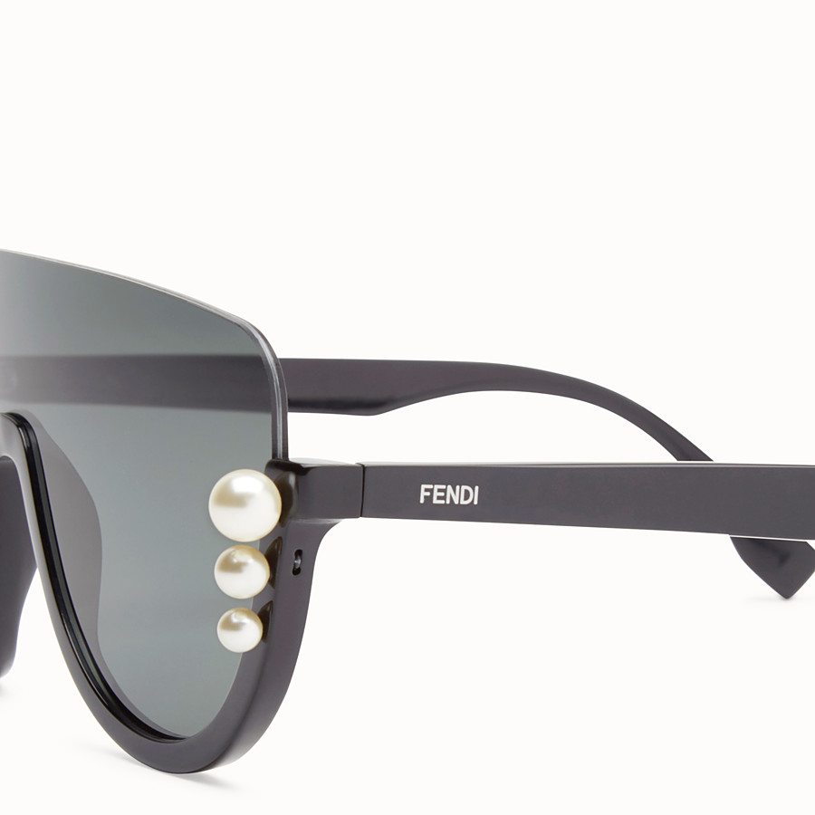 FENDI RIBBONS AND PEARLS - Black sunglasses - view 3 detail