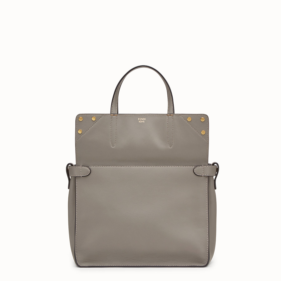 FENDI FENDI FLIP REGULAR - Tasche aus Leder in Grau - view 2 detail