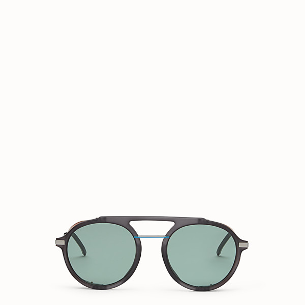 FENDI FENDI FANTASTIC - Grey AW 17/18 Runway sunglasses - view 1 small thumbnail