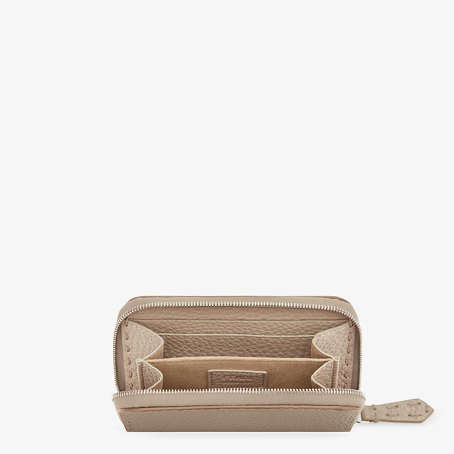 FENDI SMALL ZIP-AROUND - Beige leather wallet - view 4 detail