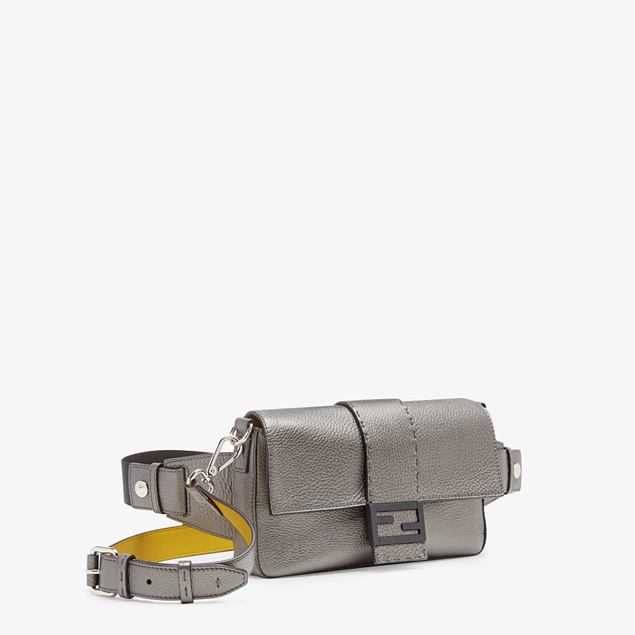 FENDI BAGUETTE - Grey leather bag - view 2 detail