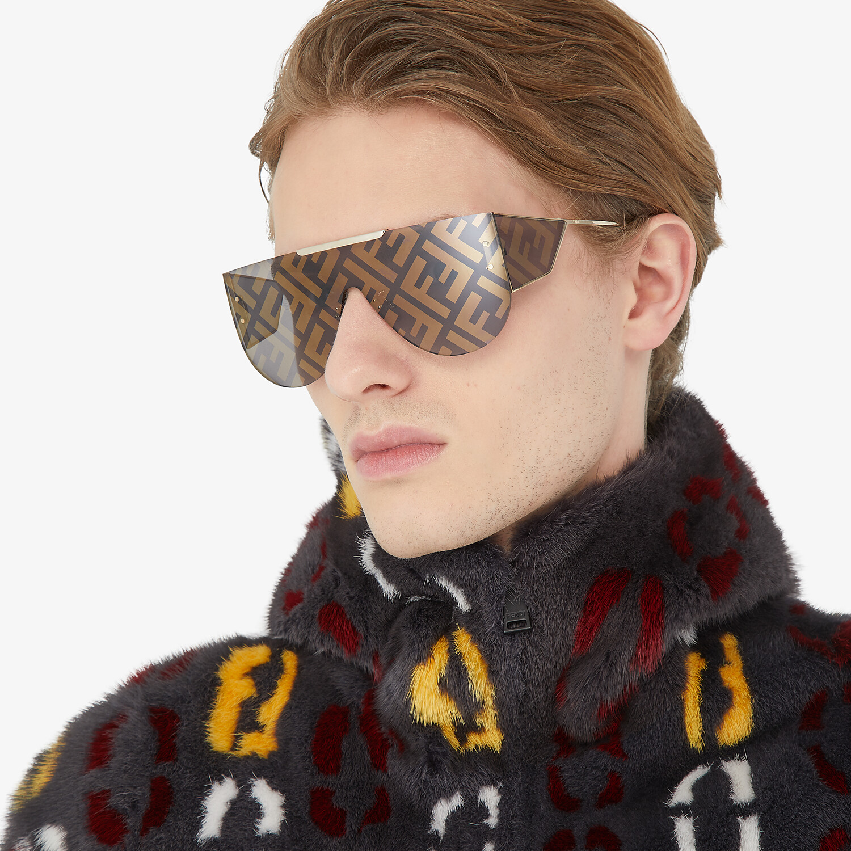 FENDI FABULOUS 2.0 - Brown sunglasses - view 4 detail
