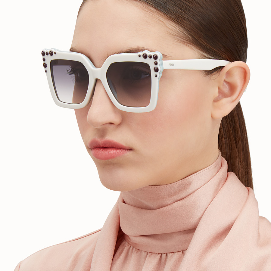 FENDI CAN EYE - Ivory sunglasses - view 4 detail