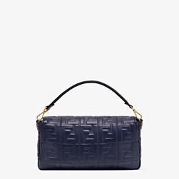 FENDI BAGUETTE LARGE - Tasche aus Nappaleder in Blau - view 4 thumbnail