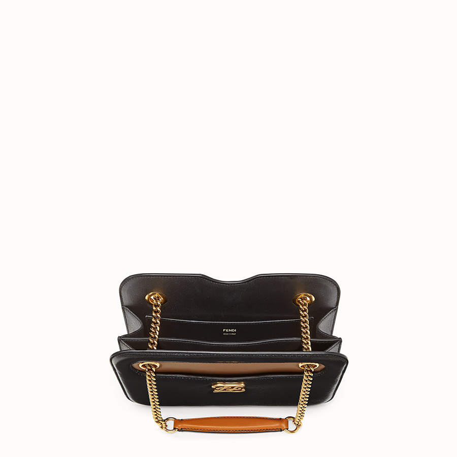 FENDI KARLIGRAPHY POCKET - Black leather bag - view 4 detail