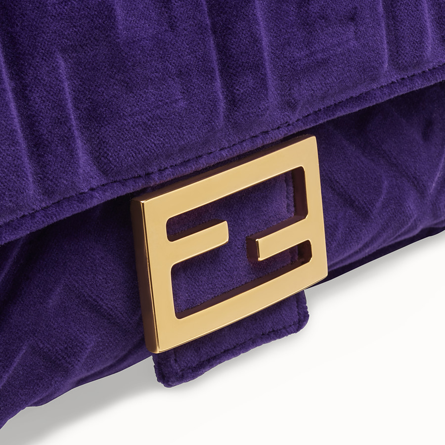 FENDI BAGUETTE - Purple velvet bag - view 5 detail