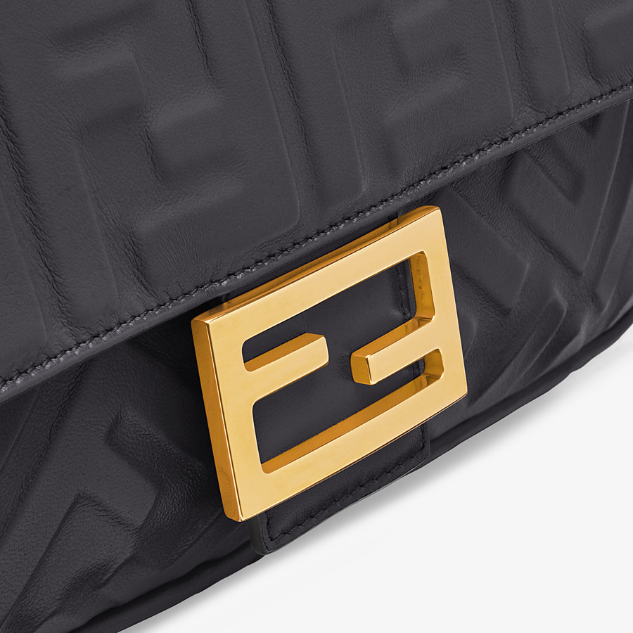 FENDI BAGUETTE - Black leather bag - view 6 detail