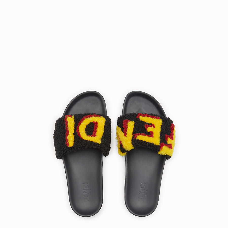 FENDI FLAT SANDALS - Slides in leather and yellow sheepskin - view 4 detail