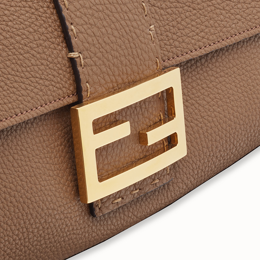 FENDI BAGUETTE LARGE - Sac en cuir marron - view 5 detail