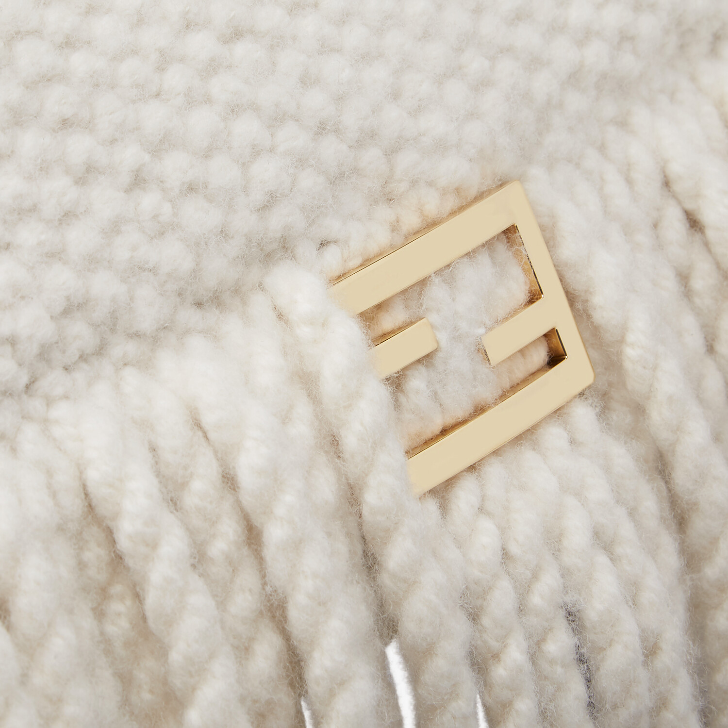 FENDI BAGUETTE - White wool bag with fringes - view 6 detail