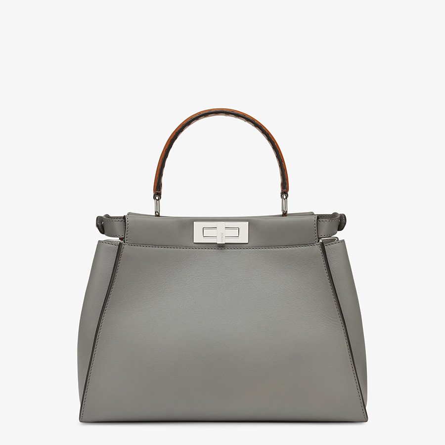 FENDI PEEKABOO ICONIC MEDIUM - Tasche aus Leder in Grau - view 4 detail