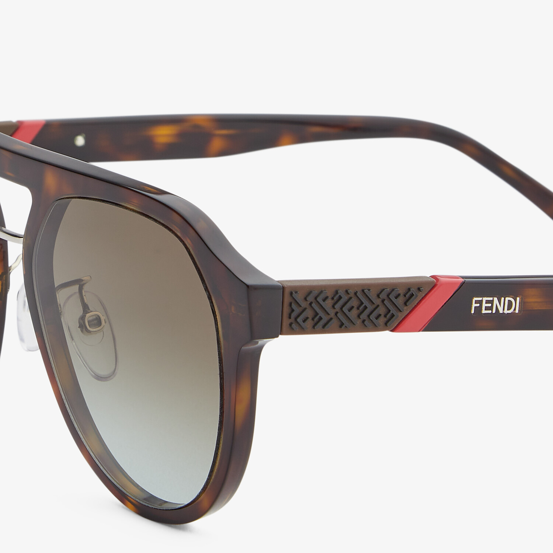 FENDI FENDI DIAGONAL - Havana sunglasses - view 3 detail