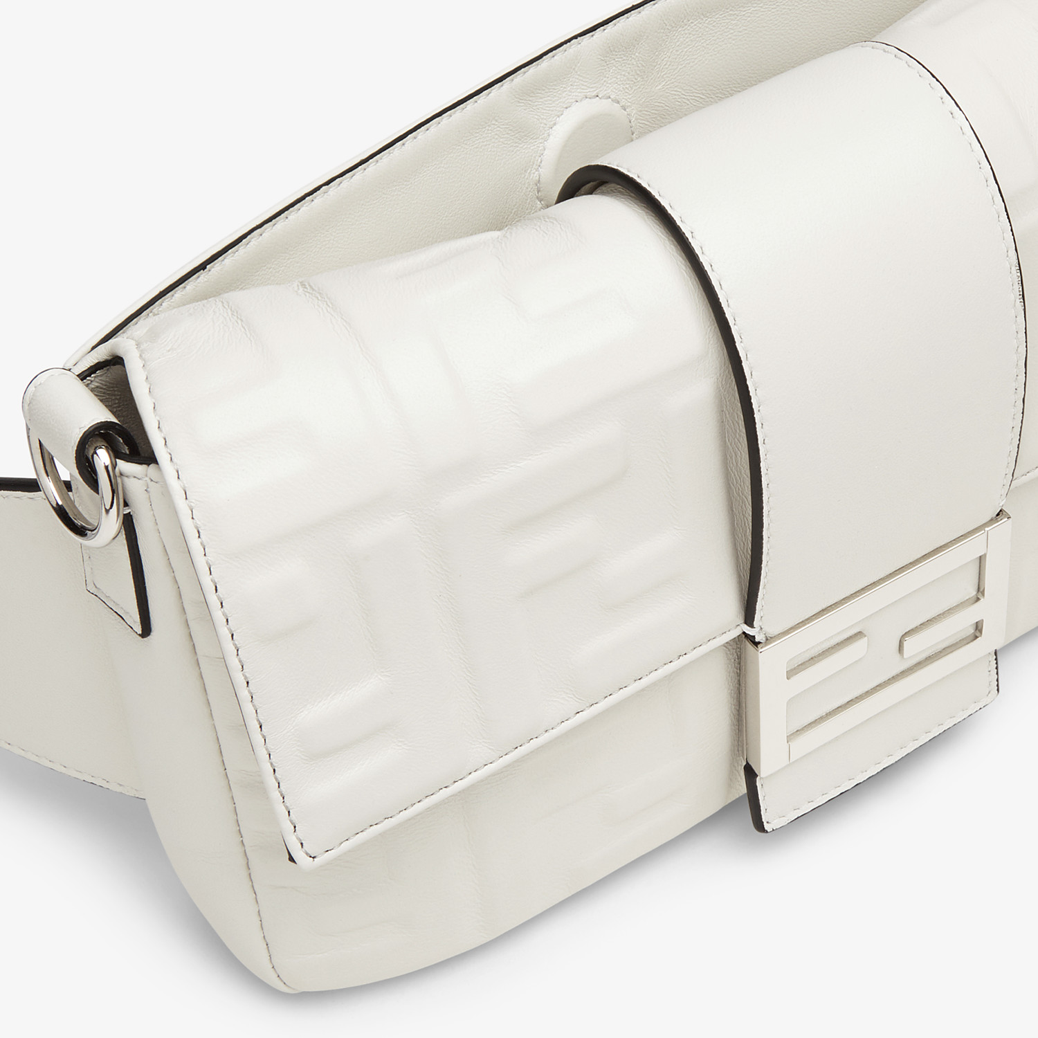 FENDI BAGUETTE - White nappa leather bag - view 6 detail