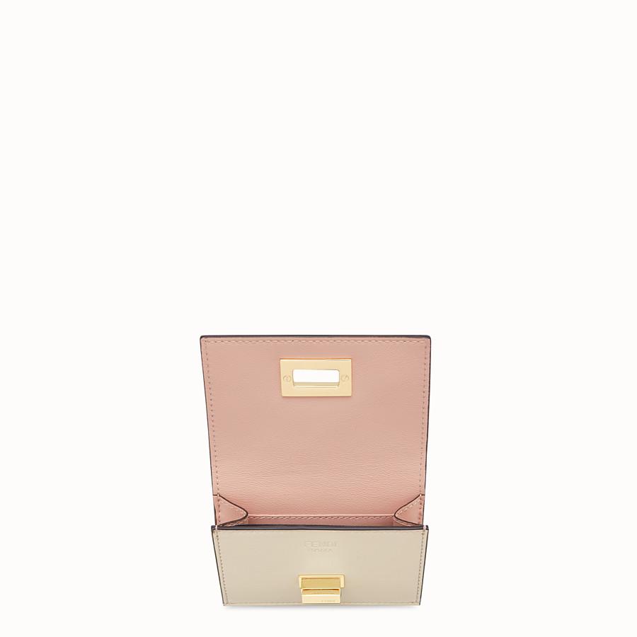 FENDI MICRO TRIFOLD - Portemonnaie aus Leder in Beige - view 3 detail