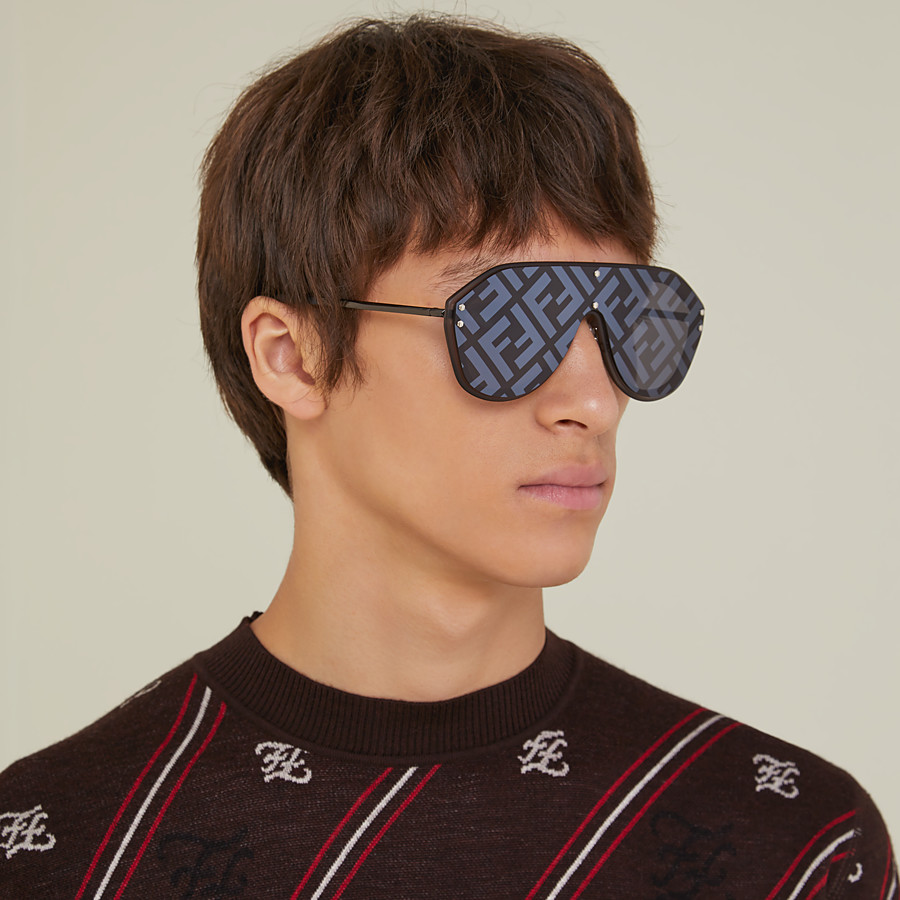 FENDI FENDI FABULOUS - Grey sunglasses - view 4 detail