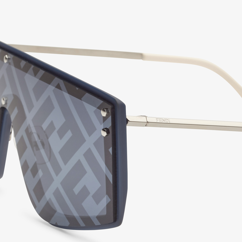 FENDI FENDI FABULOUS - Blue sunglasses - view 3 detail