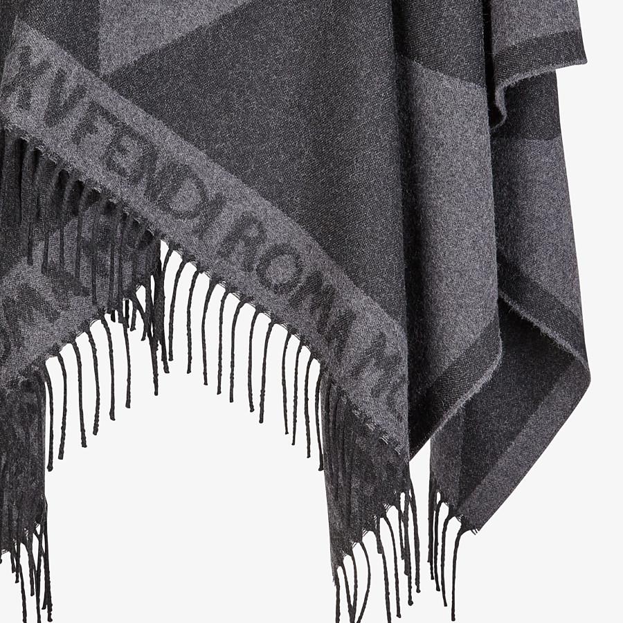 FENDI TOUCH OF FUR PONCHO - Black wool poncho - view 3 detail