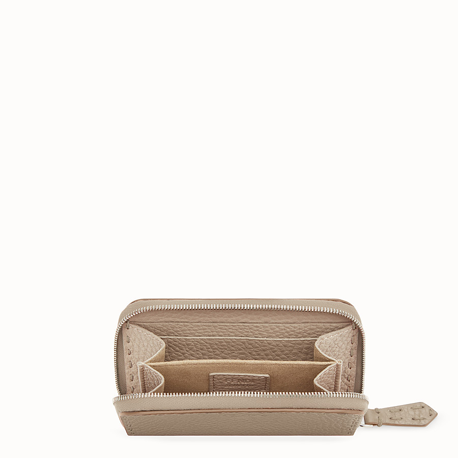 FENDI SMALL ZIP-AROUND - Beige leather wallet - view 4 detail