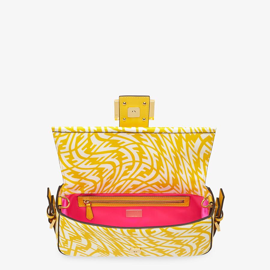 FENDI BAGUETTE 1997 - Yellow glazed canvas bag - view 5 detail
