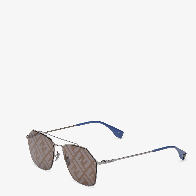 FENDI EYELINE - Gray sunglasses - view 2 detail