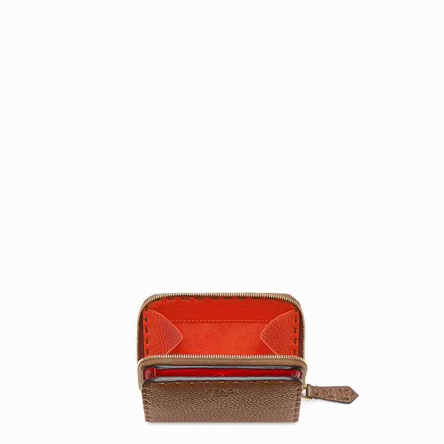FENDI MEDIUM ZIP-AROUND - Brown leather wallet - view 3 detail