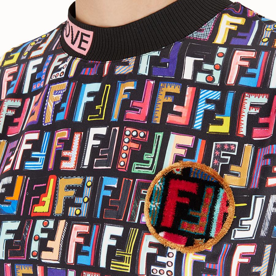 FENDI T-SHIRT - T-shirt in raso Multicolour - vista 4 dettaglio