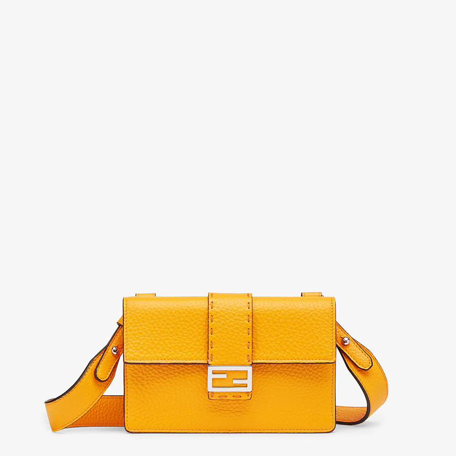 FENDI BAGUETTE POUCH - Orange leather bag - view 1 detail