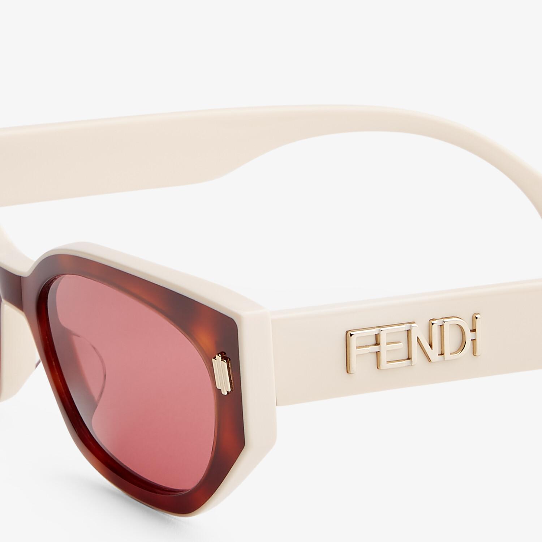 FENDI FENDI BOLD - Havana and creamy white acetate sunglasses - view 3 detail