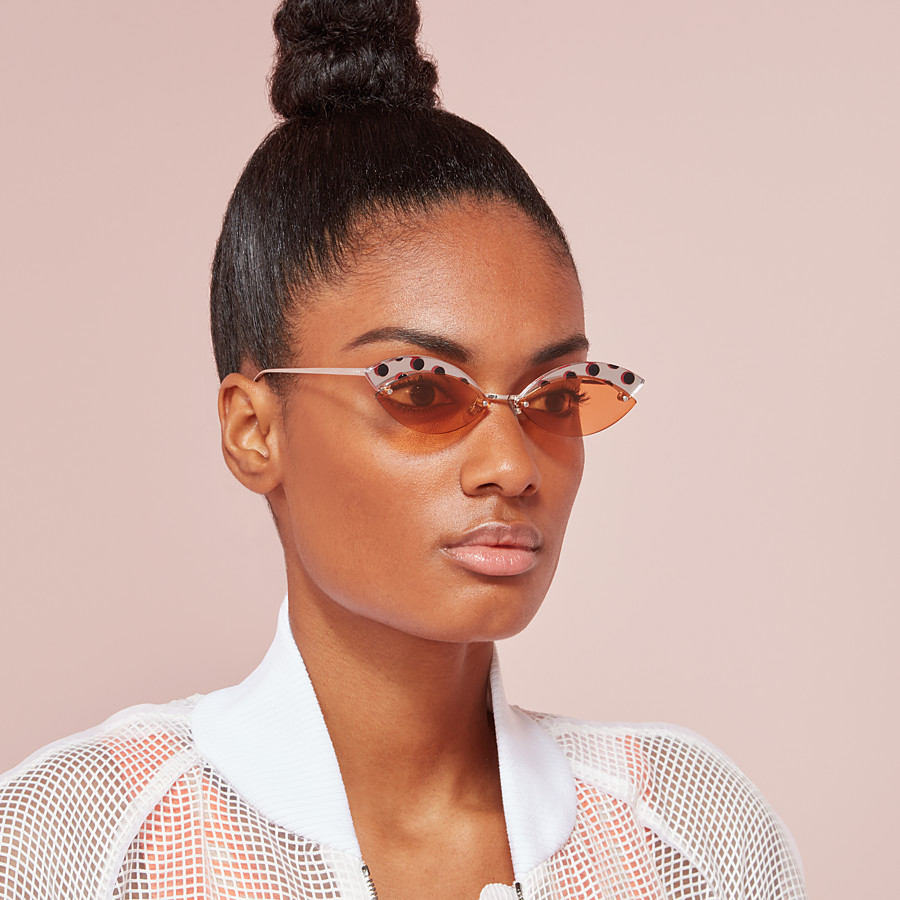 FENDI DEFENDER - Polka dot sunglasses - view 4 detail