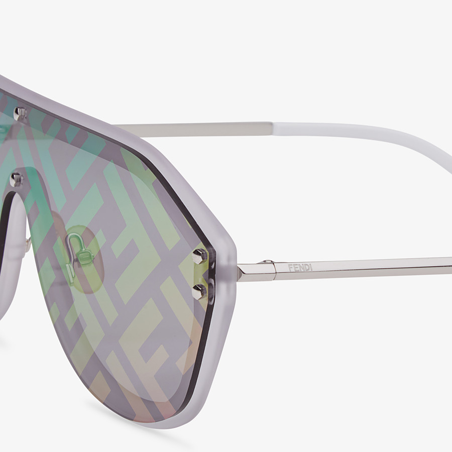 FENDI FENDI FABULOUS - White sunglasses - view 3 detail