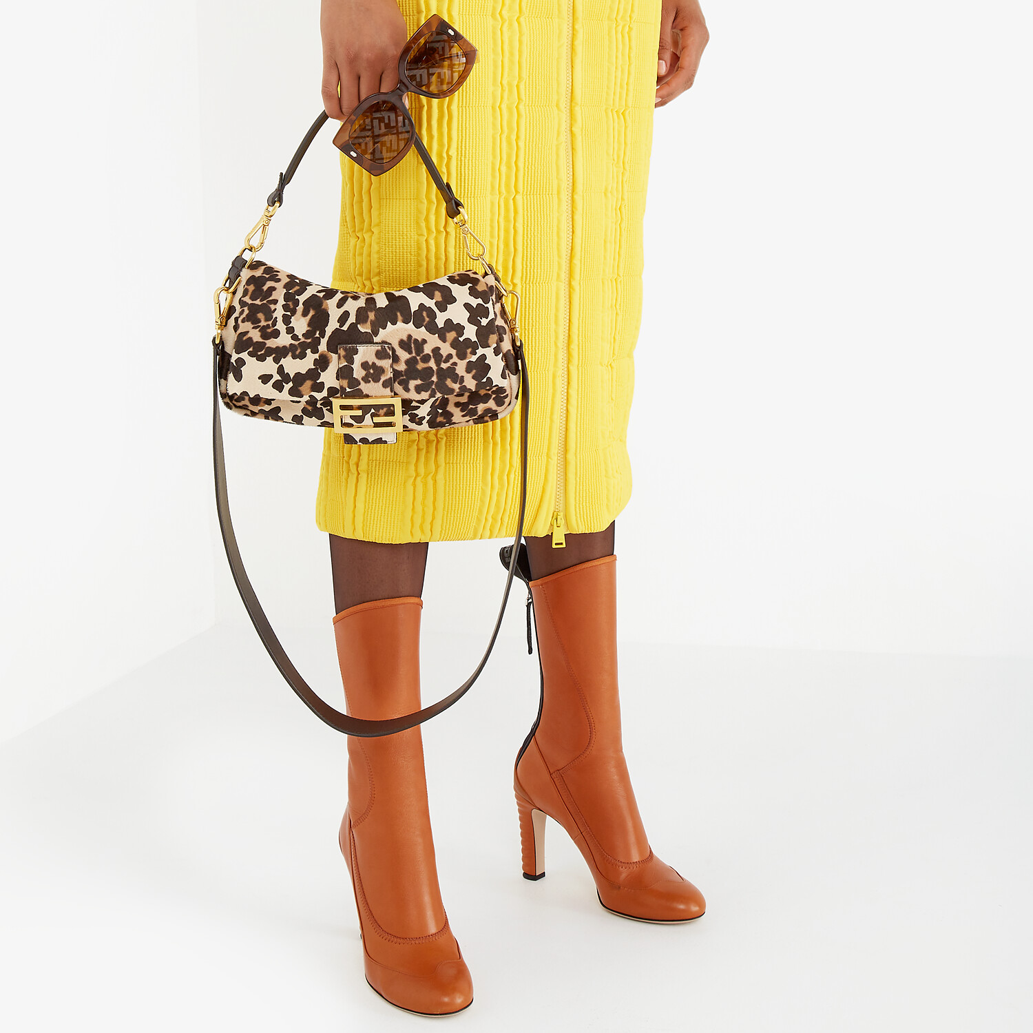 FENDI ANKLE BOOTS - Brown leather Promenade Booties - view 5 detail