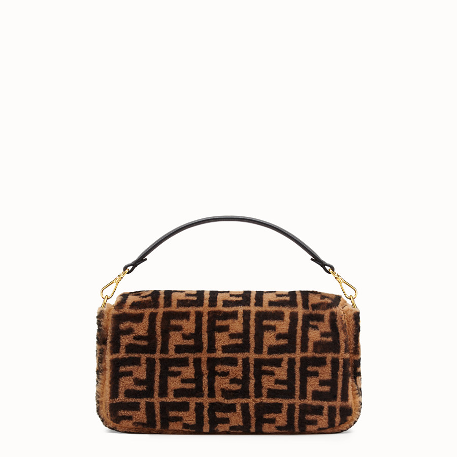 FENDI BAGUETTE LARGE - Brown sheepskin bag - view 3 detail