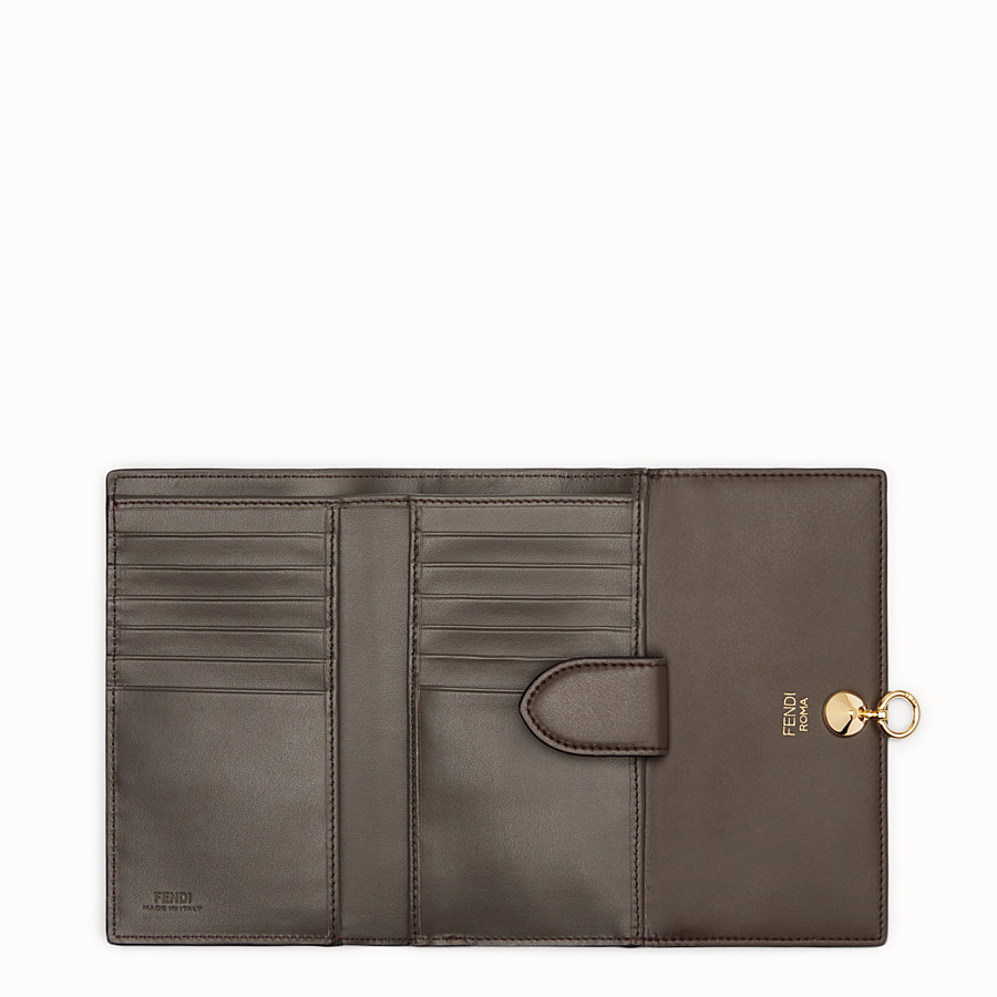 FENDI WALLET - Slim brown leather continental wallet - view 5 detail