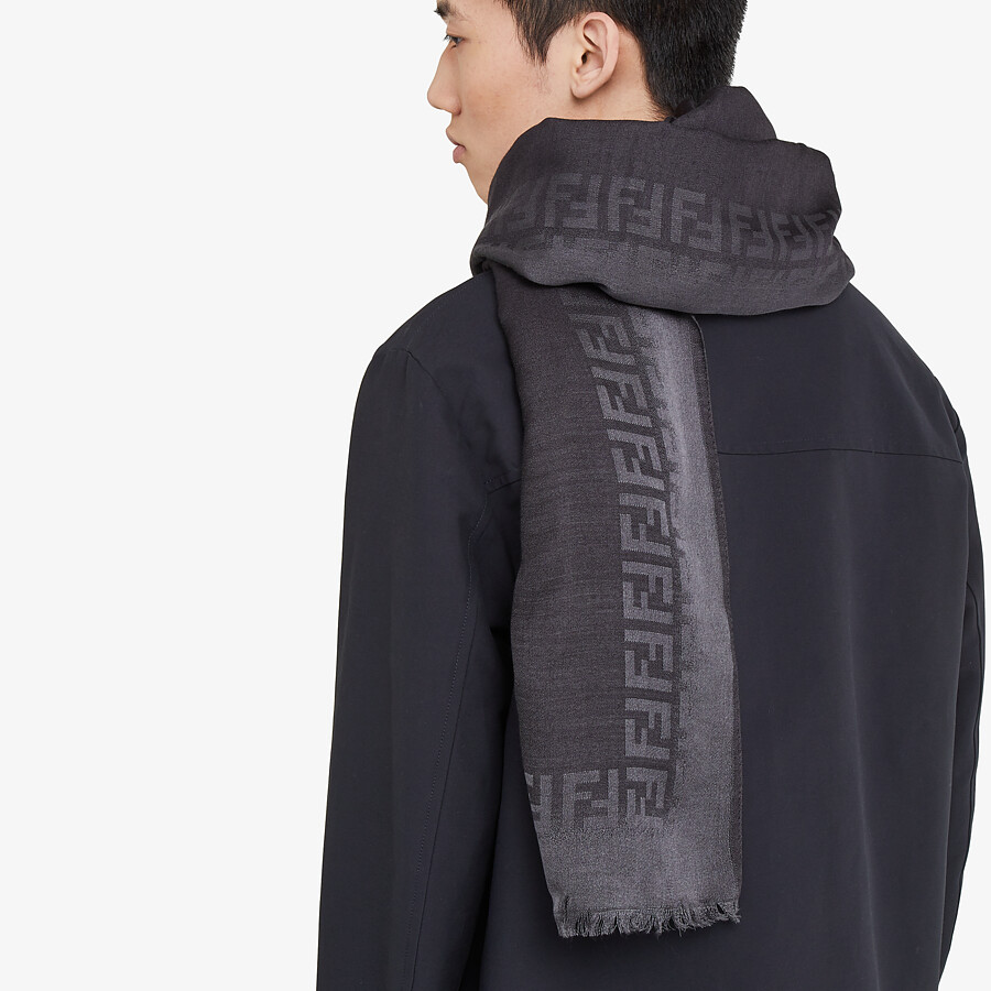 FENDI STOLE - Black wool and silk stole - view 3 detail