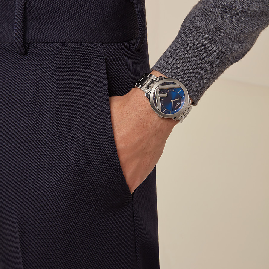 FENDI RUN AWAY - 41 mm - Watch with F is Fendi logo - view 4 detail