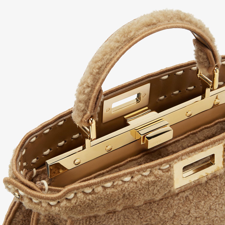 FENDI PEEKABOO ISEEU SMALL - Beige sheepskin bag - view 6 detail