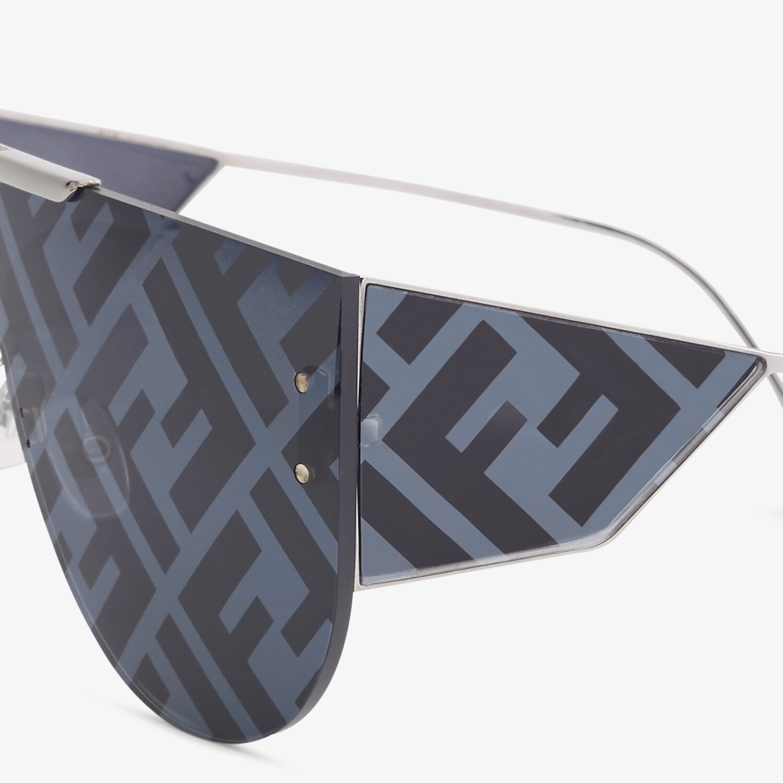 FENDI FABULOUS 2.0 - Dark Gray sunglasses - view 3 detail