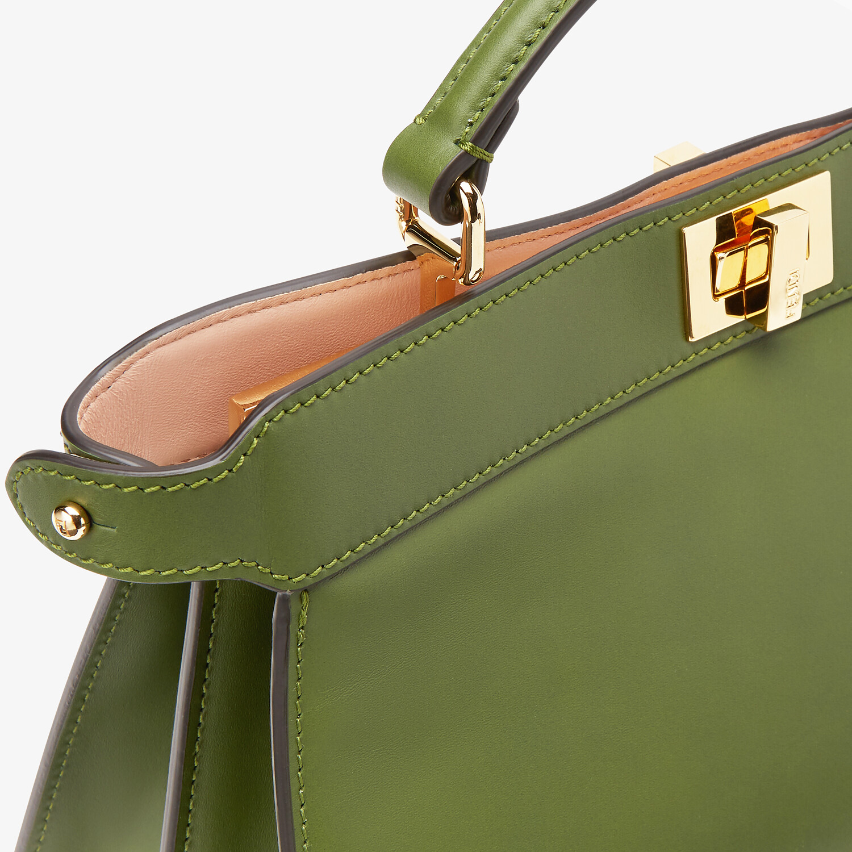 FENDI PEEKABOO ISEEU EAST-WEST - Green leather bag - view 6 detail