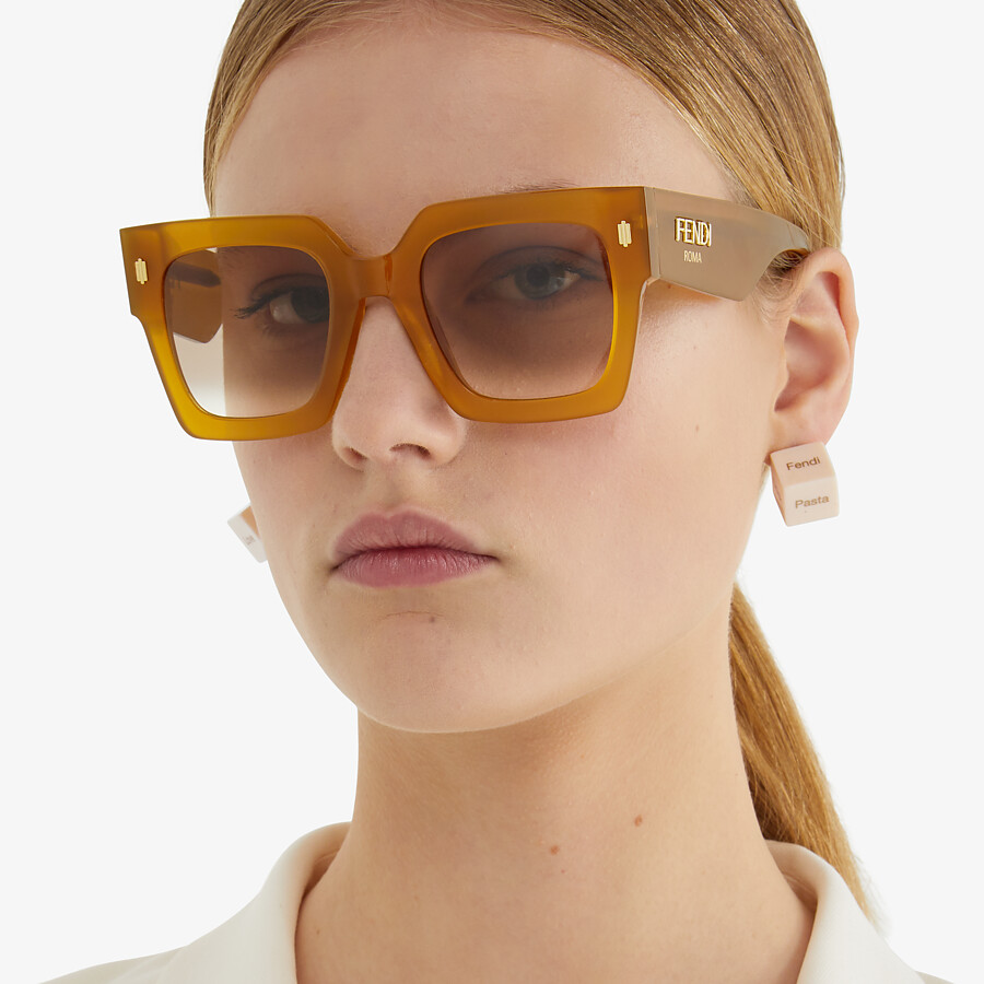 FENDI FENDI ROMA - Occhiali da sole in acetato color miele - vista 4 dettaglio