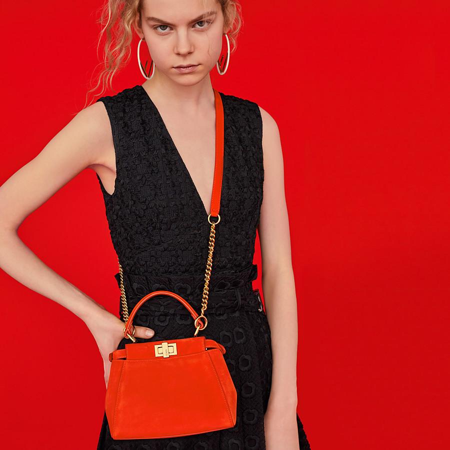 FENDI PEEKABOO ICONIC XS - Minibag in suede rosso - vista 2 dettaglio