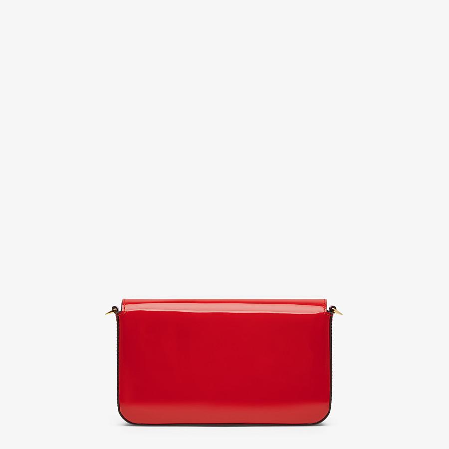 FENDI WALLET ON CHAIN MIT POUCHES - Mini-Tasche aus Lackleder in Rot - view 4 detail