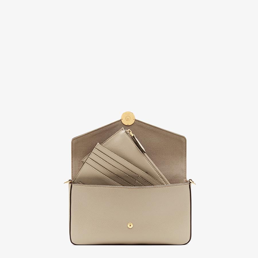 FENDI WALLET ON CHAIN MIT POUCHES - Mini-Tasche aus Leder in Beige - view 6 detail