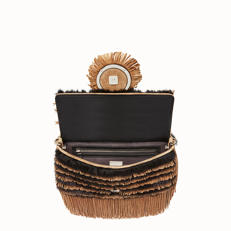 FENDI BAGUETTE - Beige suede and mink bag - view 4 detail
