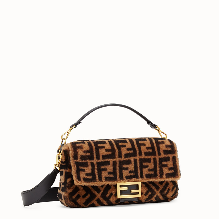 FENDI BAGUETTE LARGE - Brown sheepskin bag - view 2 detail
