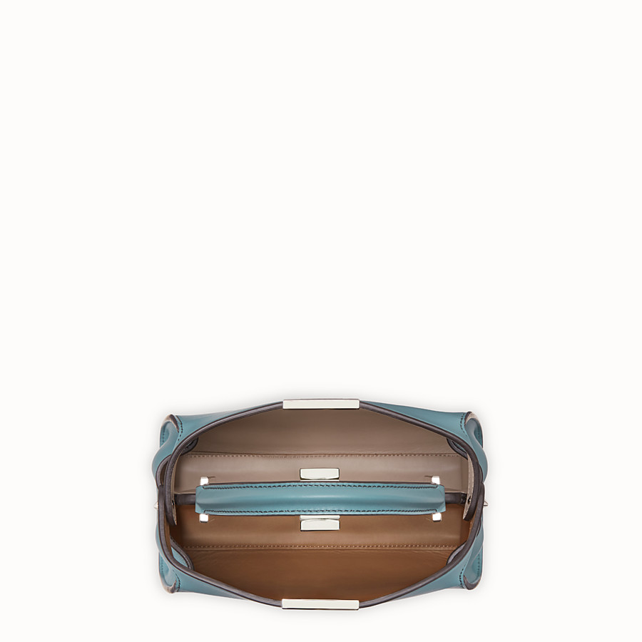 FENDI PEEKABOO ICONIC ESSENTIALLY - Tasche aus Leder in Hellblau - view 5 detail