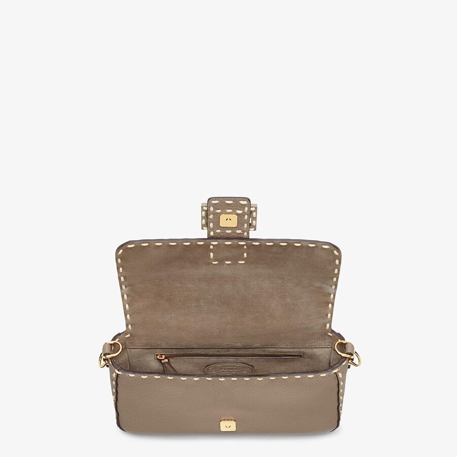 FENDI BAGUETTE - Gray full grain leather bag - view 5 detail