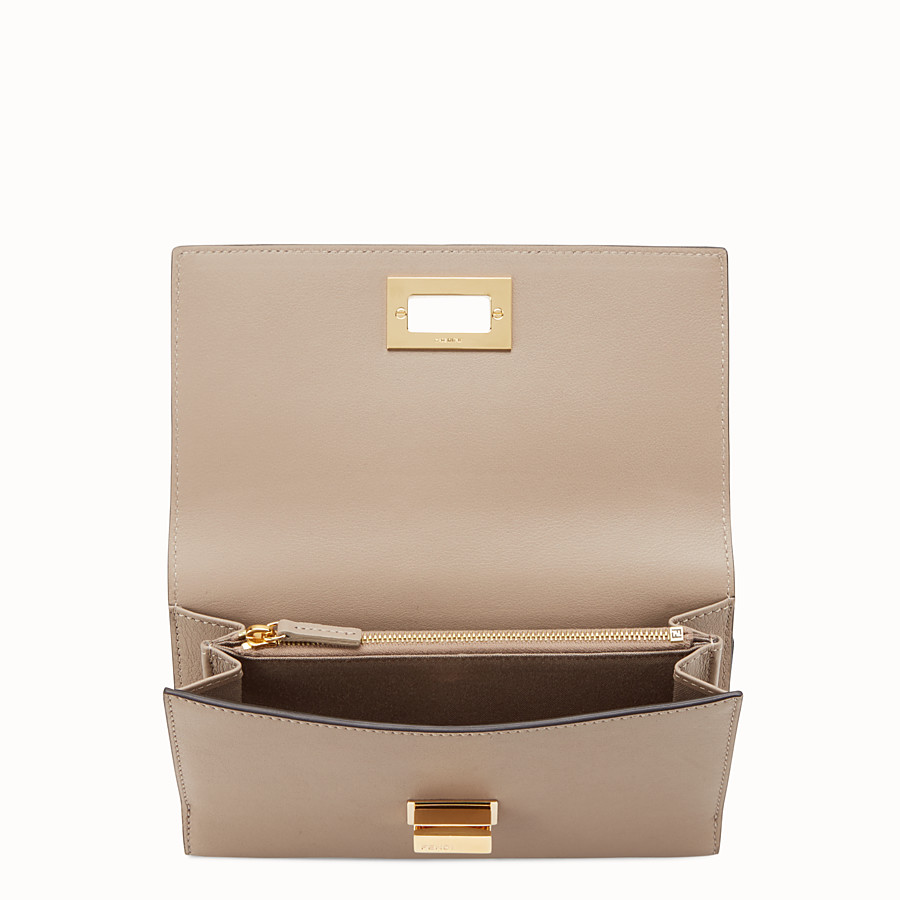 FENDI WALLET - in dove grey leather and plexiglass - view 4 detail
