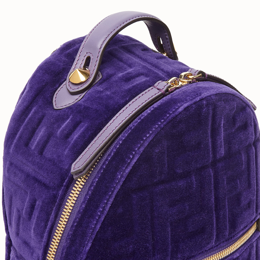 FENDI MINI BACKPACK - Petit sac à dos en velours violet - view 4 detail