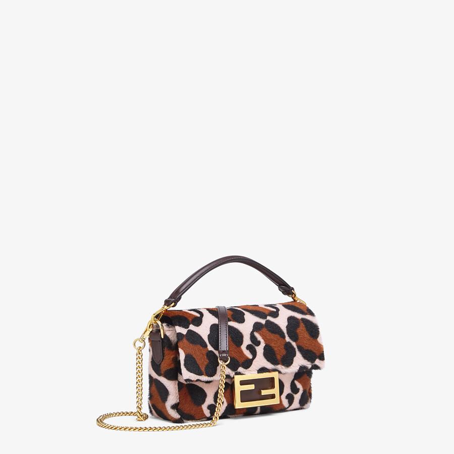 FENDI BAGUETTE - Tasche aus Lammfell in Rosa - view 2 detail
